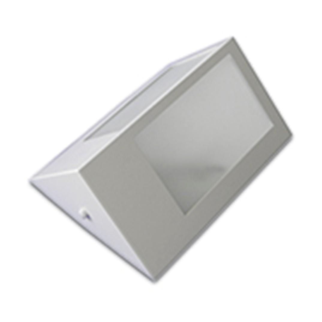 Arandela de Aluminio e Vidro Triangular Liza 1 Lampada 148 - Suegil