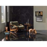 imagem de uma sala ambientada com dois cachorrinhos