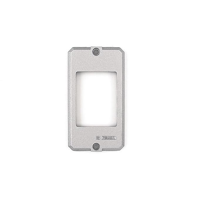 Placa de Aluminio para Caixa Eletrica 34 - 3 Postos Juntos - 56115004 - Tramontina